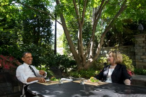 Obama Meets With Hillary Clinton